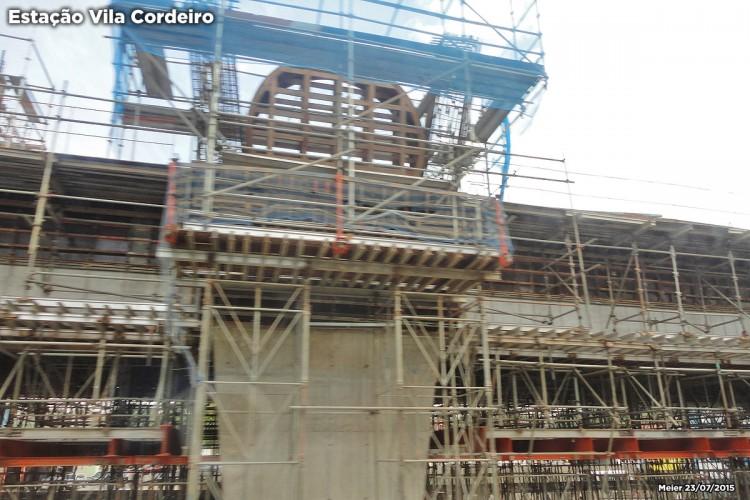 Estação Vila Cordeiro
