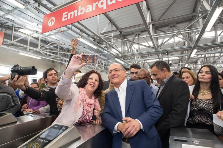 Governador Geraldo Alckmin inaugura estação da CPTM de Ferraz de Vasconcellos