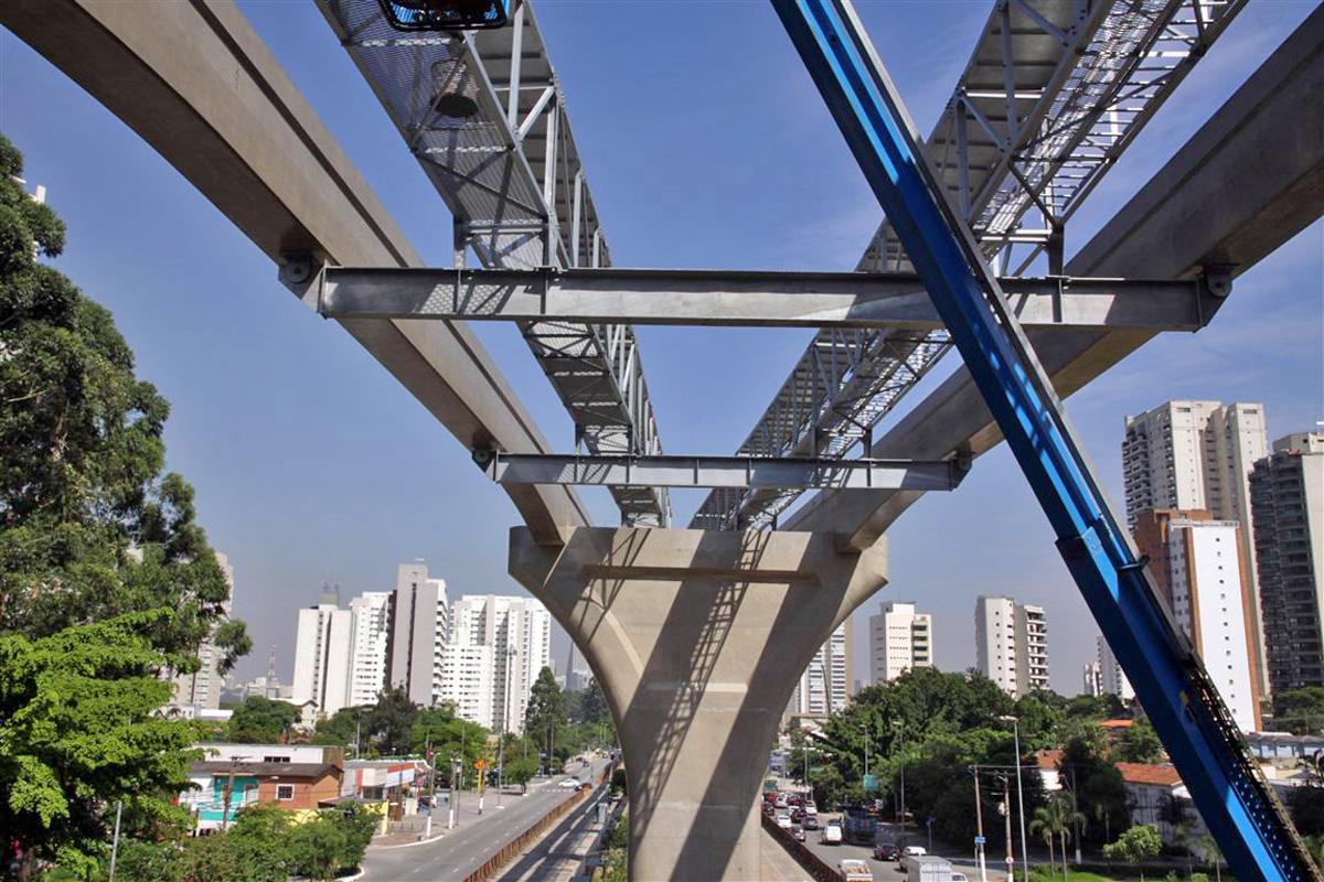 Vigas do montrilho da Linha 17: Metrô cansou do consórcio responsável pelas principais obras