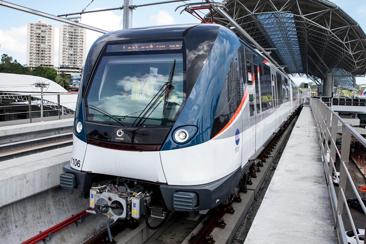 Trem Metropolis, da Alstom, usado no Panamá