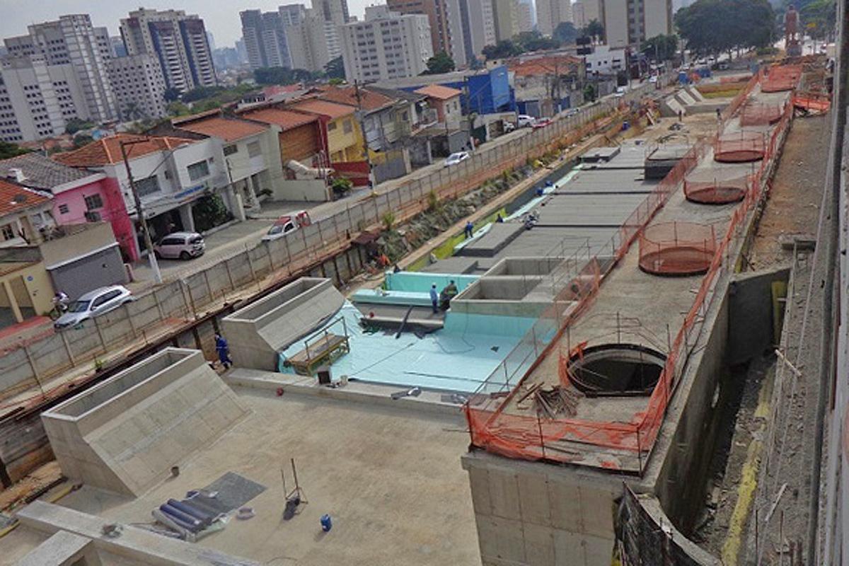 Estação Borba Gato: obras civis no final
