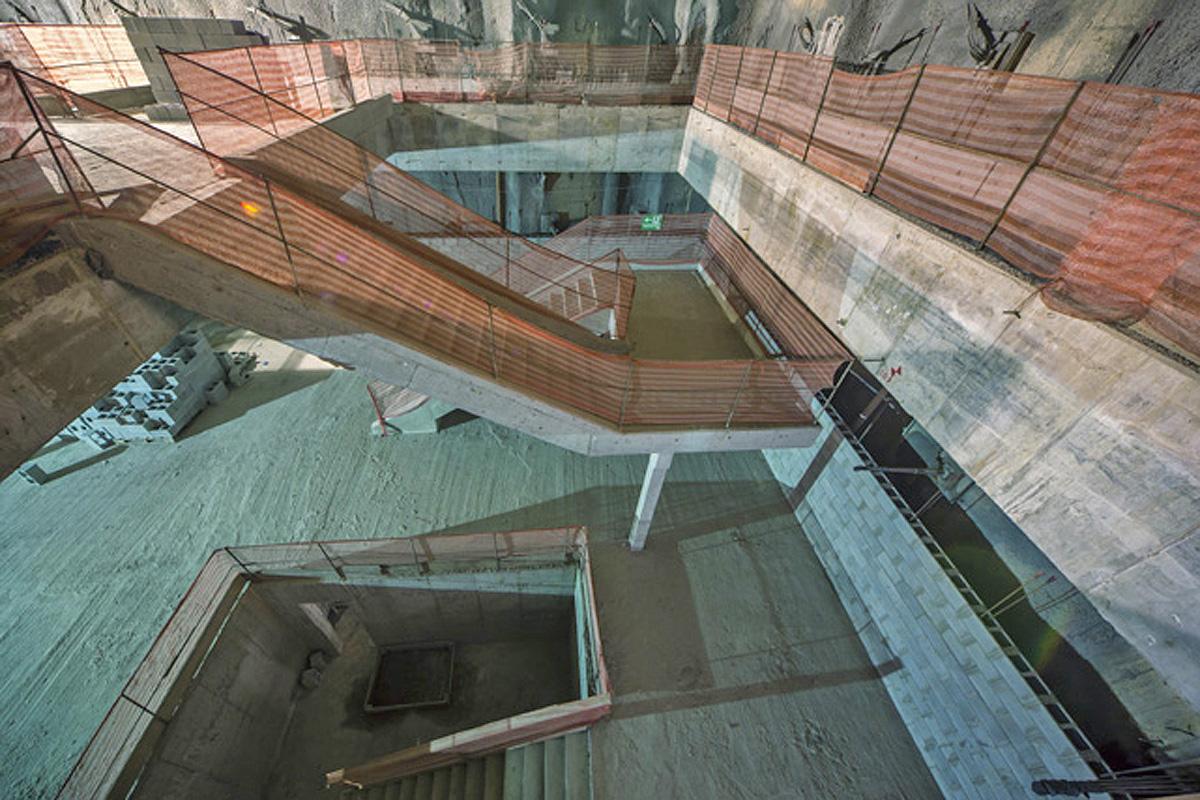Escadas da estação Chácara Klabin