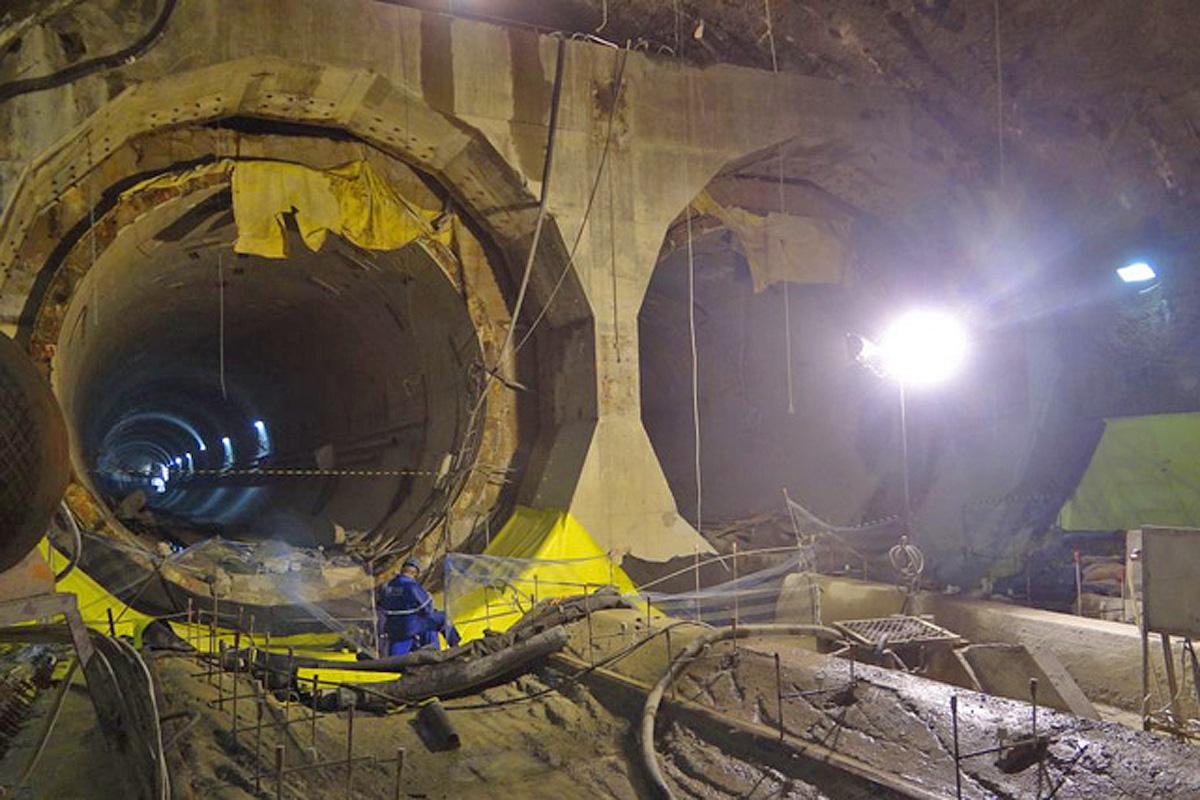 Túneis que chegam ao poço Roque Petrella