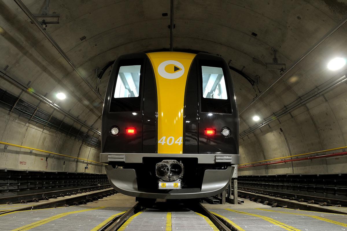 Trem da ViaQuatro - Linha 4 Amarela