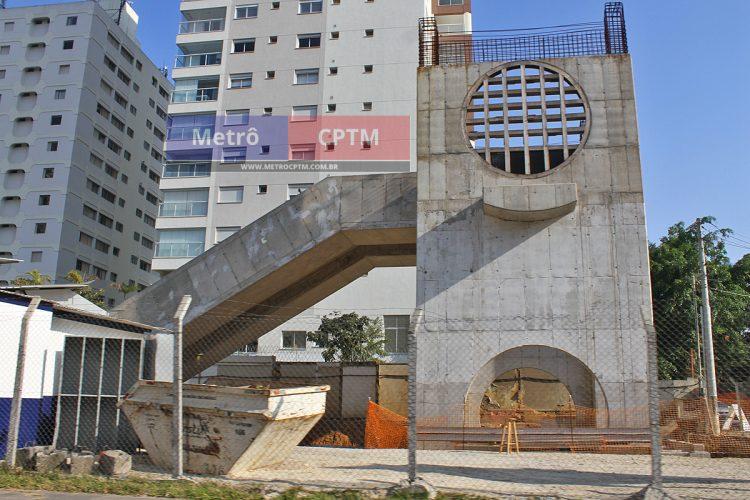 Acesso Sul da estação Campo Belo