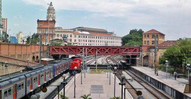 Plataforma da estação Luz e, ao fundo, a estação Júlio Prestes: ligação de 200 metros pode reequilibrar demanda