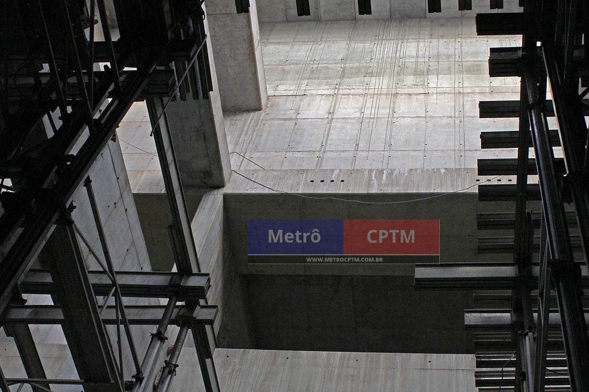 As novas estações da Linha 5-Lilás têm grande profundidade