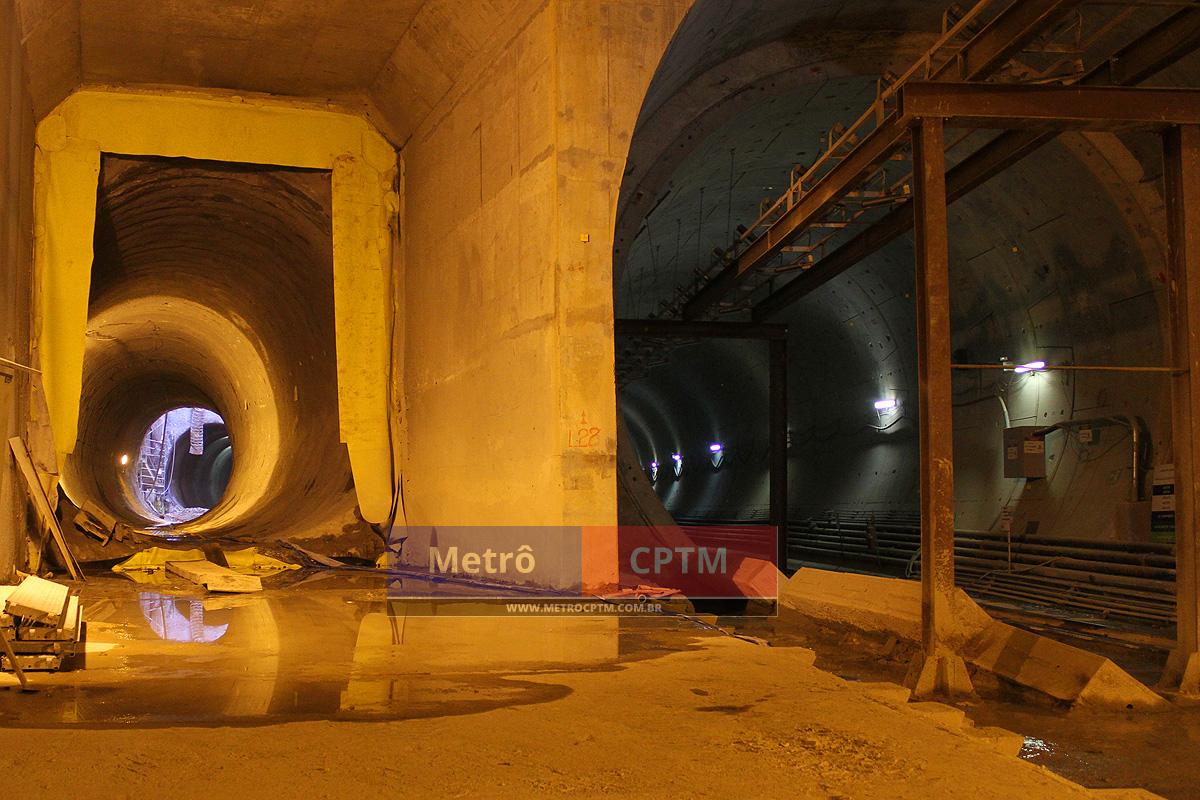 À esquerda, o túnel de estacionamento da linha e à direita o túnel duplo por onde os trens circularão