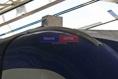 Antena do CBTC instalada no primeiro vagão do trem: sistema é mais avançado e preciso que o antigo ATC