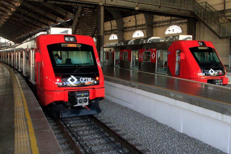 Trens da Série 8000: exclusivos da Linha 8