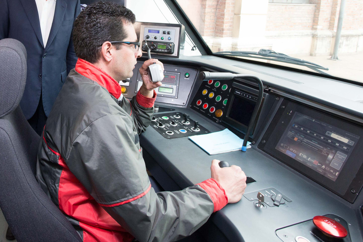 Cabine de comando da Série 8500