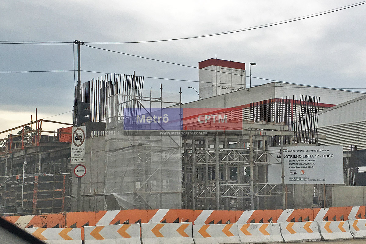 Em poucas semanas, o consórcio TIDP concretou uma coluna faltante e já prepara o mezanino da estação