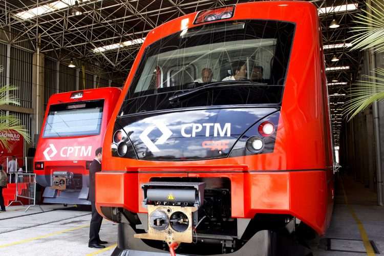 Trens da CPTM: parceiro privado na manutenção