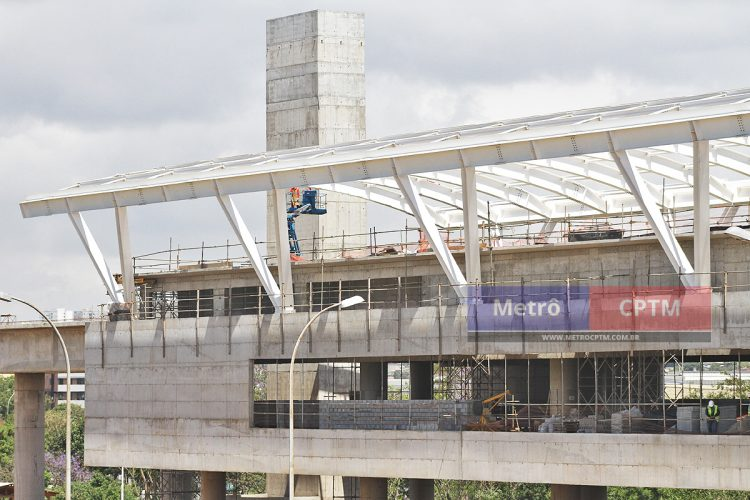 Cobertura da estação Aeroporto Guarulhos da Linha 13