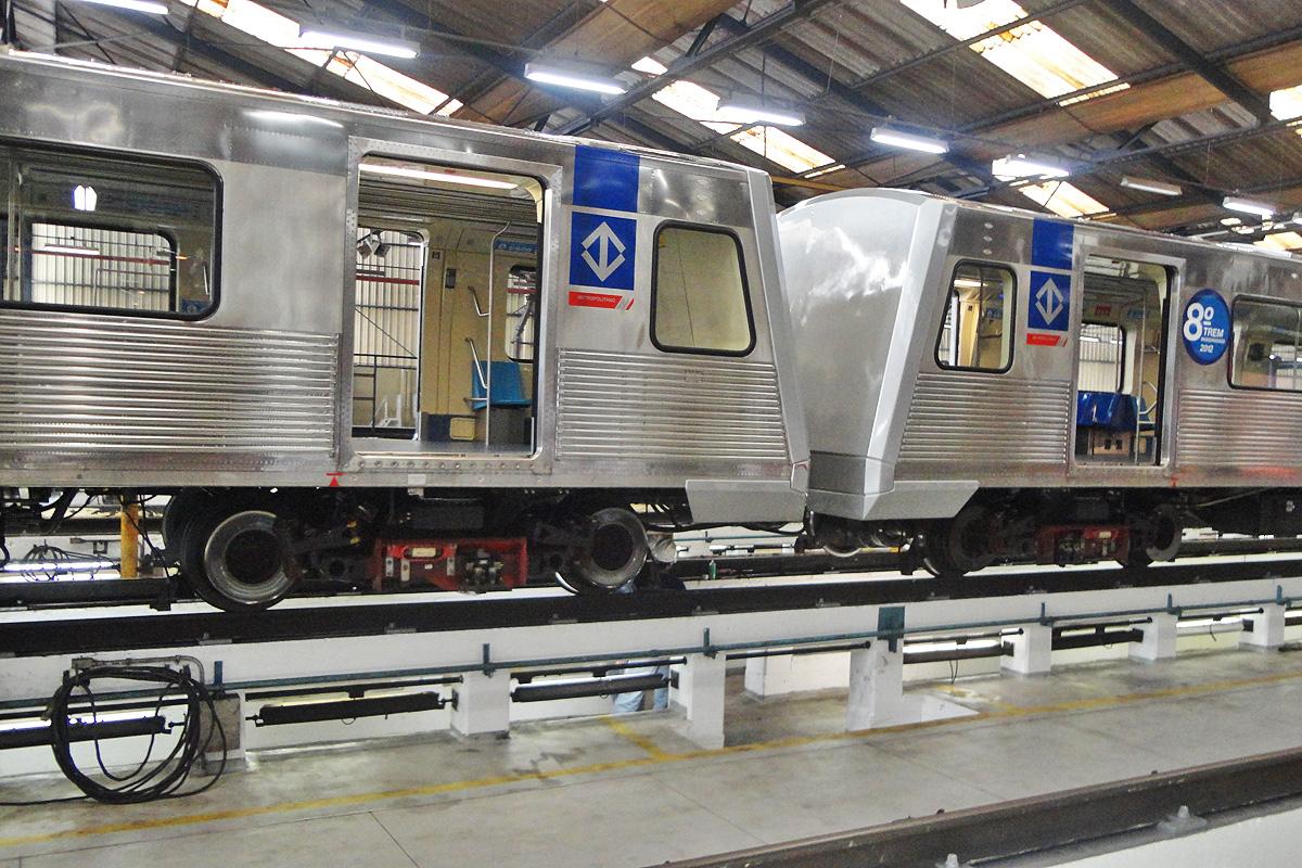 Há várias vagas para trabalhar na manutenção dos trens do Metrô
