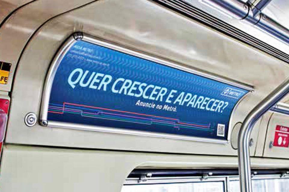 Espaço publicitário dentro dos trens: mesmo método há décadas, formato não acompanhou evolução da mídia digital